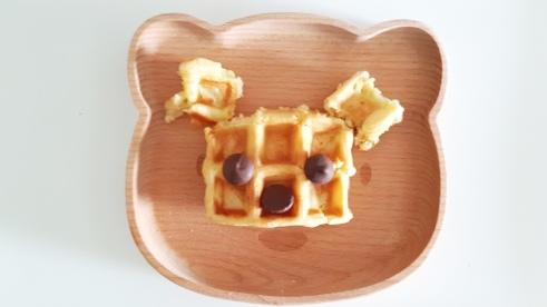 bear-golden-waffle